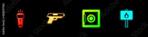 Billede på lærred Set Flashlight, Pistol or gun, Safe and Protest icon. Vector