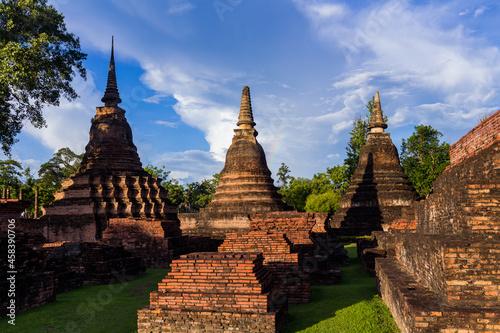 Fototapeta Panoramic View Of Temple Against Sky