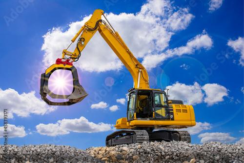 Canvastavla Excavator On A Construction Site