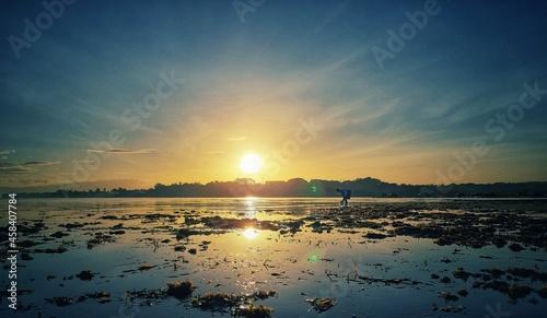 Photo Sunrise During Lowtide