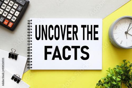 Canvas Print Uncover the facts
