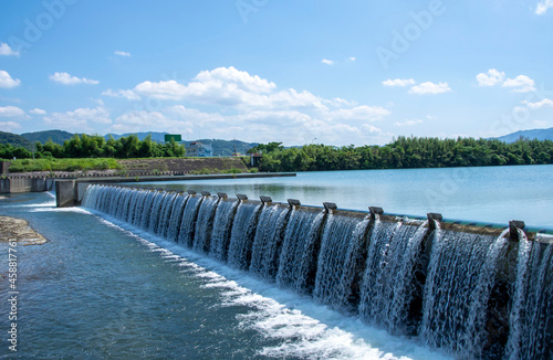 Photo 洪水から生活を守る水門 鹿児島県 米ノ津川