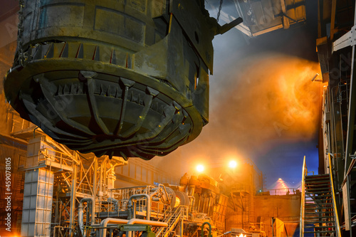 Obraz na plátne Scrap metal ladle before being discharged into steelmaking furnace