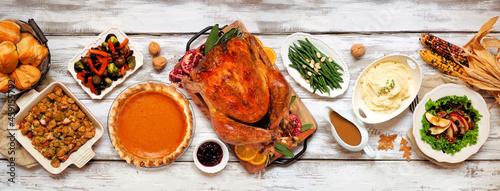 Obraz na plátně Traditional Thanksgiving turkey dinner