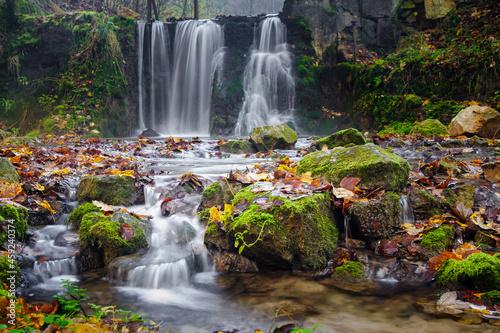 Wodospad na Czarcim moście w Czernej