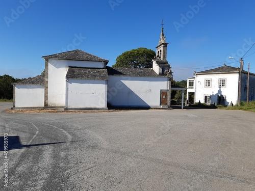 Fotografering Iglesia parroquial y casa rectoral en Vilalba, Galicia