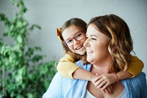Obraz na plátně child daughter mother family happy playing kid childhood