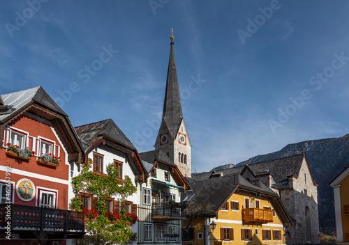 Hallstatt colorful buildings and Evangelical Church tower - Hallstatt, Austria Fotobehang