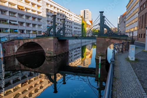 Fotografiet Jungfern Bridge In City Of Berlin