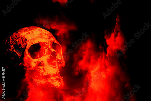 Obraz na plátně Scary skull in flames wallpaper