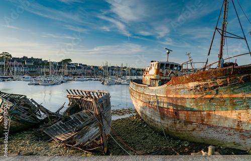 Obraz na plátně Old Fishing Boat Wrecks