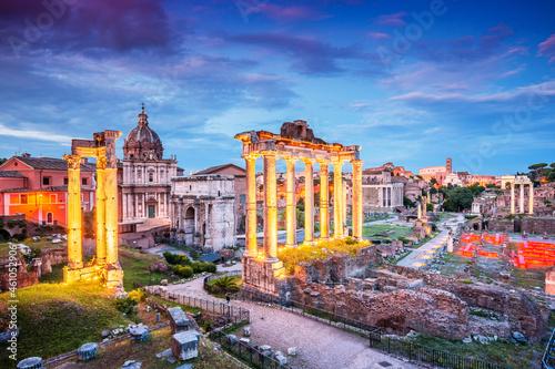 Valokuva Rome, Italy. Ancient Roman Forum at sunset.