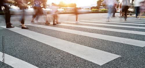 Canvas Group of people walking on the crosswalk