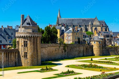 Billede på lærred Historical medieval city gate and walls of Vannes commune, Morbihan department,
