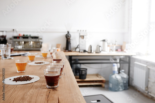 Serving freshly brewed coffee on the table Fototapet