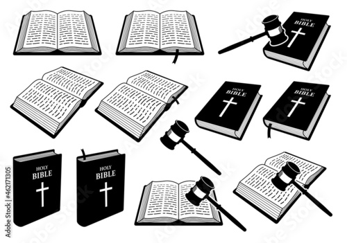 Fotografie, Obraz Christian Holy Bible Book of Judgement with judge gavel