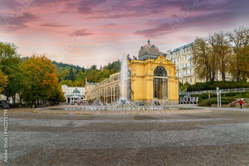 Fotografie, Tablou Main colonnade with Singing fountain - small west Bohemian spa town Mariánské Lá