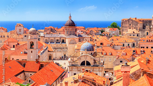 Valokuva Coastal summer landscape - view of the Old Town of Dubrovnik on the Adriatic coa