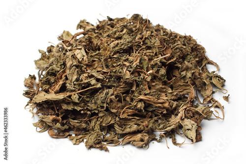 Asian herbal tea a Chinese atrimony vine leaves Fotobehang