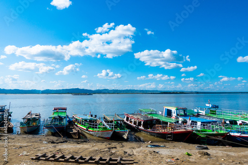 Fototapeta boats on the beach in Bagan, Myanmar