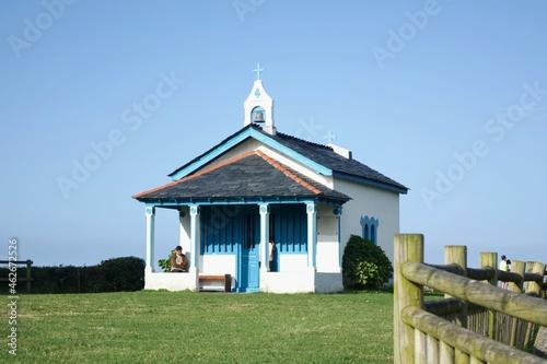 Fotografering capilla azul en cadavedo, asturias