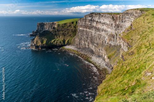 atlantic ocean coast cliffs of moher ireland Fotobehang