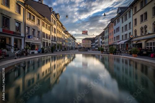 Obraz na plátně Winterthur Altstadt Spiegelung