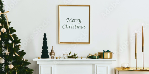 Canvastavla Christmas composition with gold mock up poster frame, white chimney and decoration