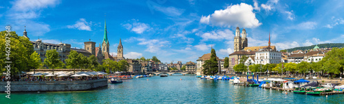 Billede på lærred Historical part of Zurich, Switzerland