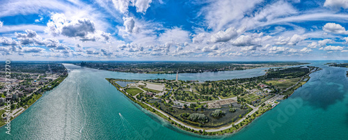 Fotografie, Obraz belle Isle in detroit ariel view