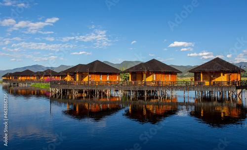 Obraz na plátně floating houses are a wonderful place, myanmar, burma